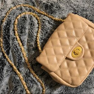 Nude quilted bag w/ gold hardware